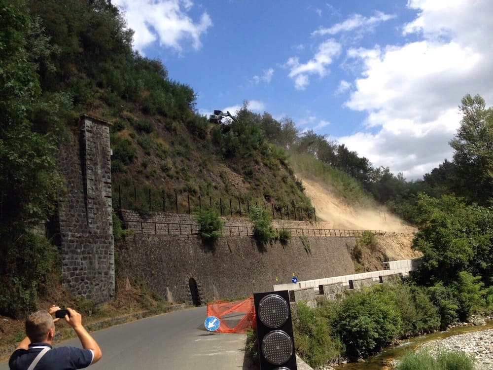 Landslide remediation at the entrance of the Aiola tunnel