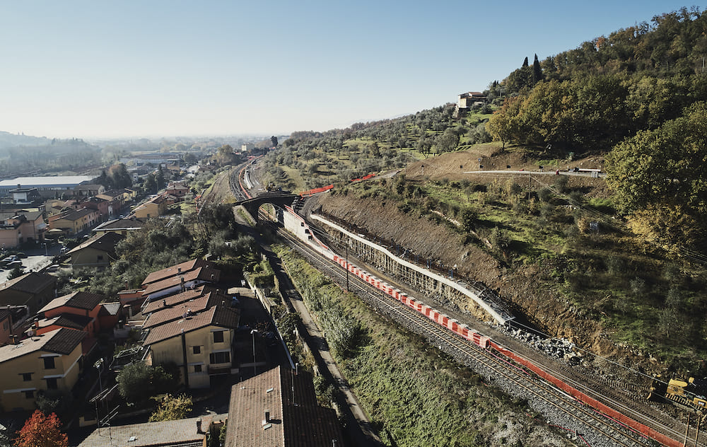 Double-track railway on the Pistoia-Montecatini Terme line
