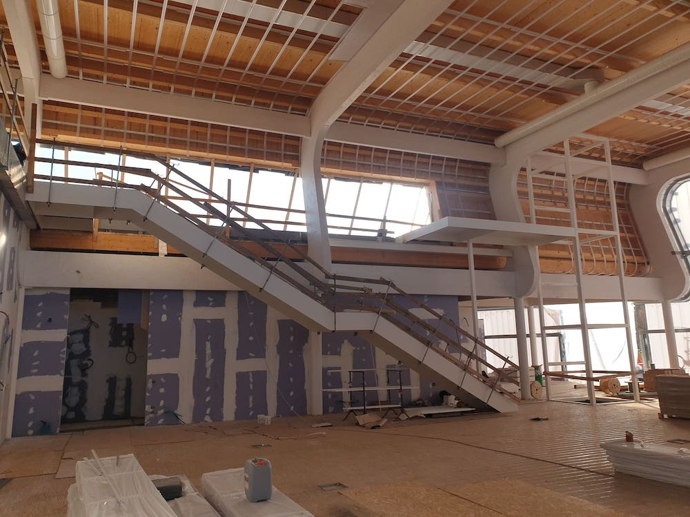 Metal columns for the San Rossore Sport Village gym