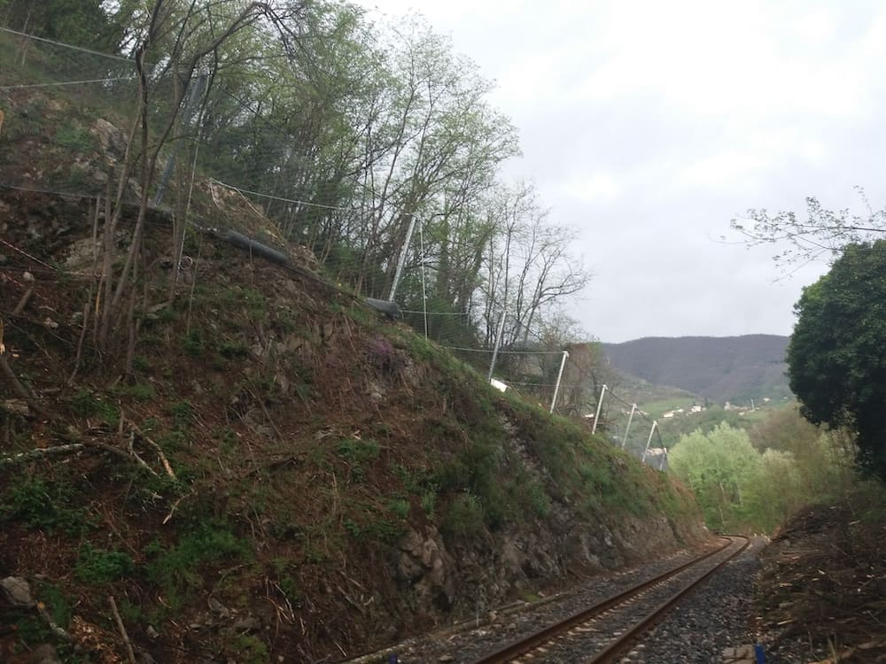 Securing the railway line with rockfall nets