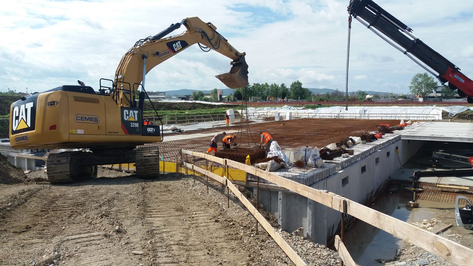 Systems for the treatment and accumulation of rainwater pertaining to the current layout of the Firenze airport